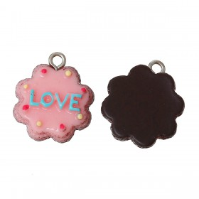Resin Charm Chocolade cake pink love