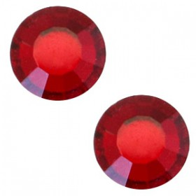 Swarovski Elements SS30 (6.4mm) Siam red