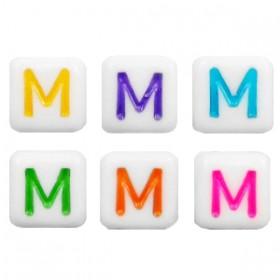 Acryl letterkraal vierkant M gekleurd