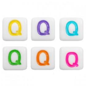 Acryl letterkraal vierkant Q gekleurd