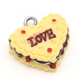 Resin Charm Vanilli cake hart