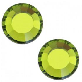 Swarovski Elements SS30 (6.4mm) Olivine green