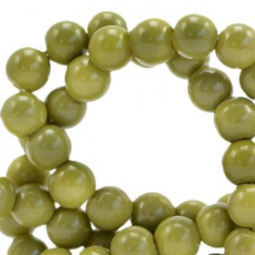 Glaskraal 4 mm opaque Green olive